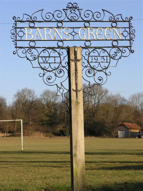 barns green sign.jpg